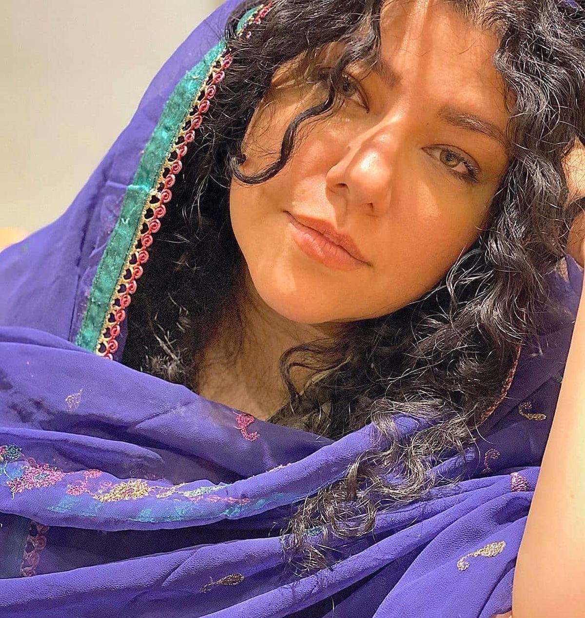 موهای فر و مشکی همسر شهاب حسینی +عکس