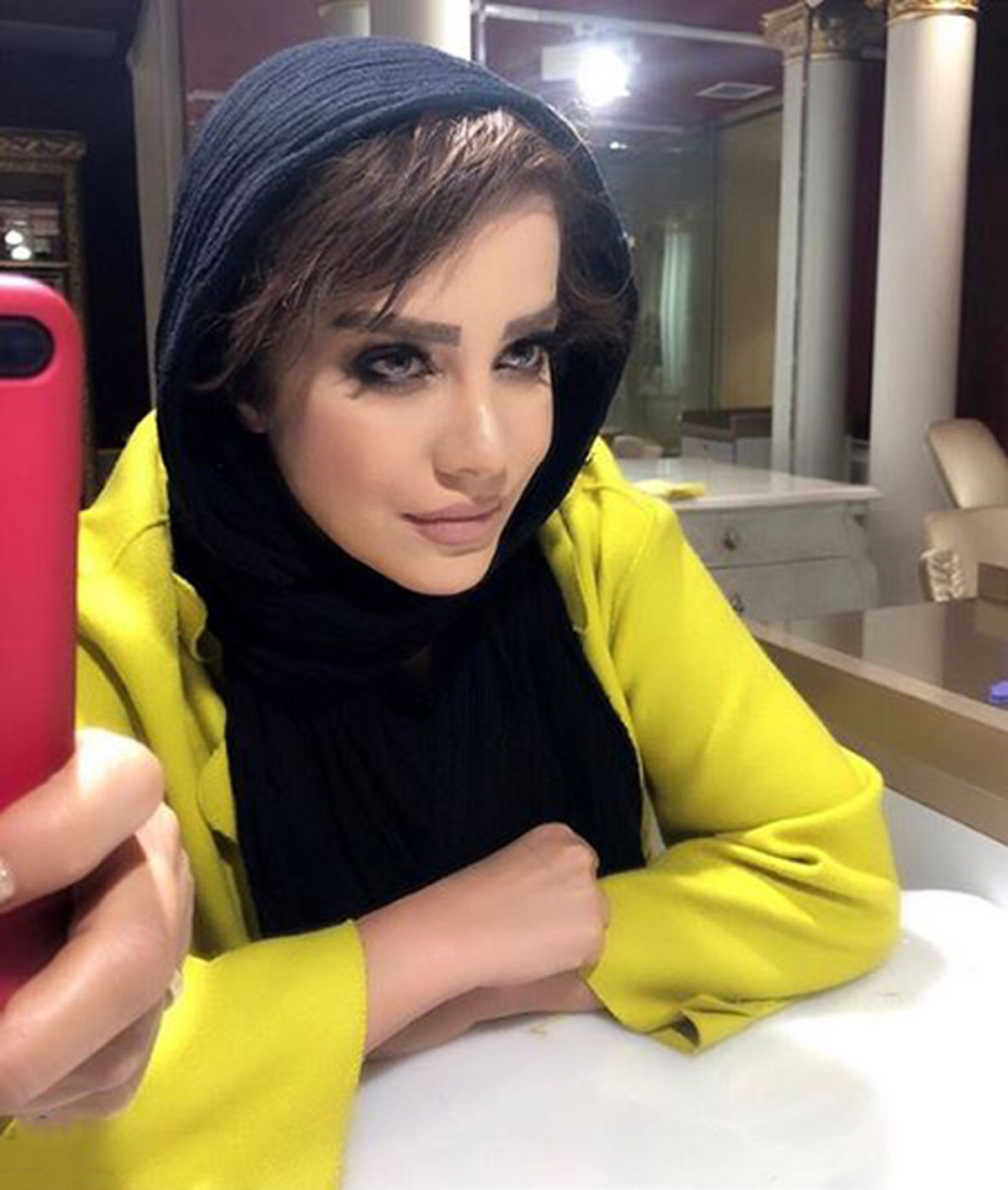 رقص و آواز شراره رخام پشتِ فرمان + فیلم