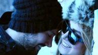 بوسه همسر زیبای شاهرخ استخری + عکس