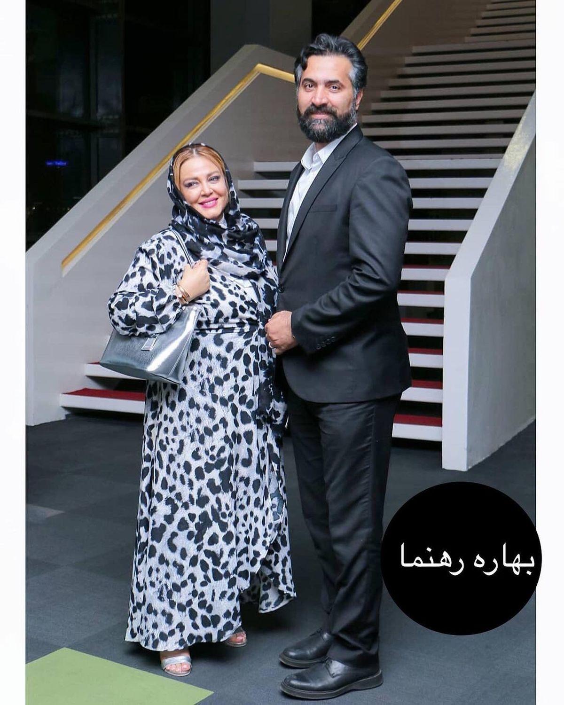 پیراهن پلنگی و حریر بهاره رهنما در کنار حاجی + عکس
