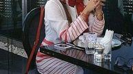 تیپ قرمز الناز شاکردوست در کافه + عکس