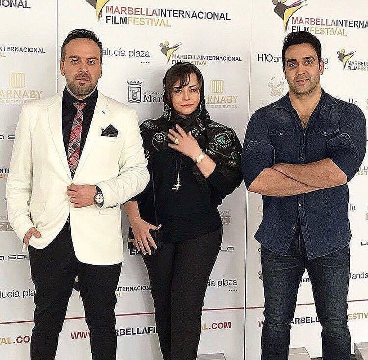 شلوار تنگ مهراوه شریفی نیا در کنار یک مرد جذاب + عکس