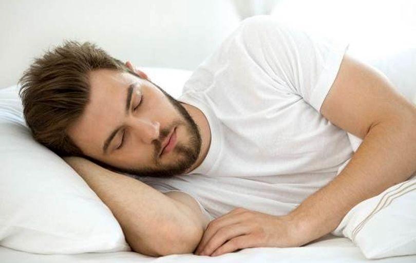 هشدار؛ خواب در این ساعت باعث سکته میشود!