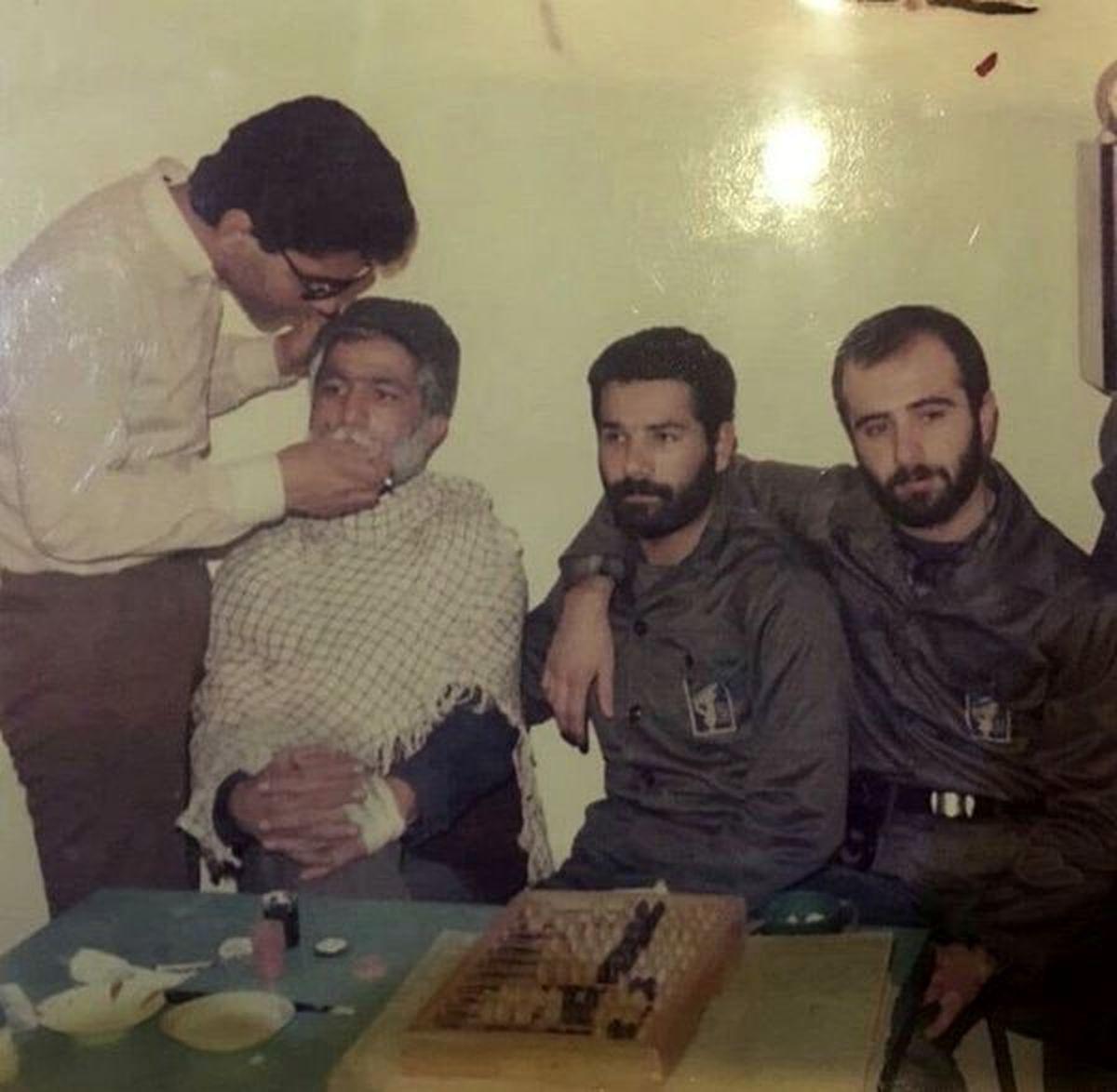 شغل عجیب مهران مدیری در دوران جوانی! + عکس