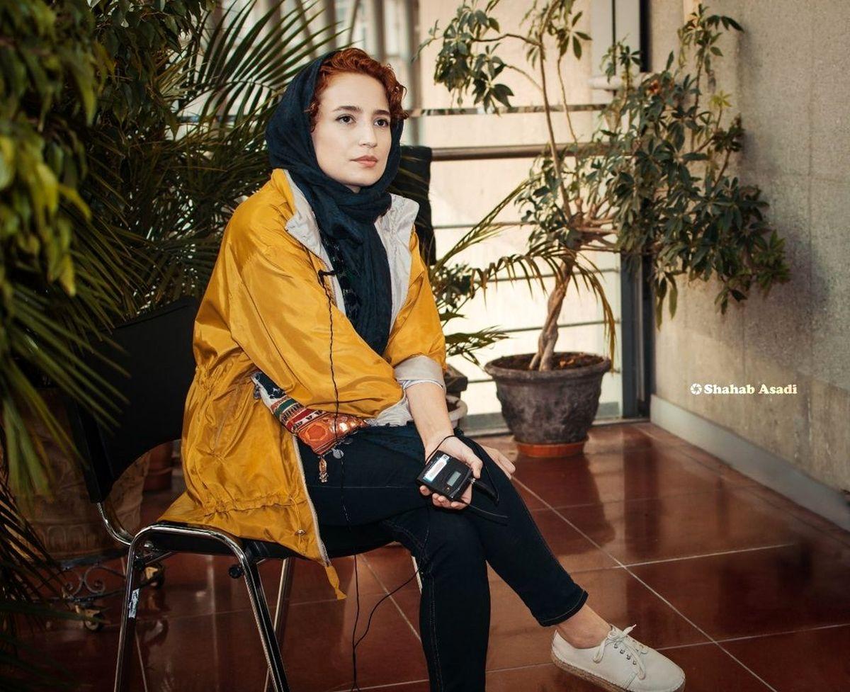 تیپ زرد نگار جواهریان با شلوار کوتاه و پاهای برهنه + عکس