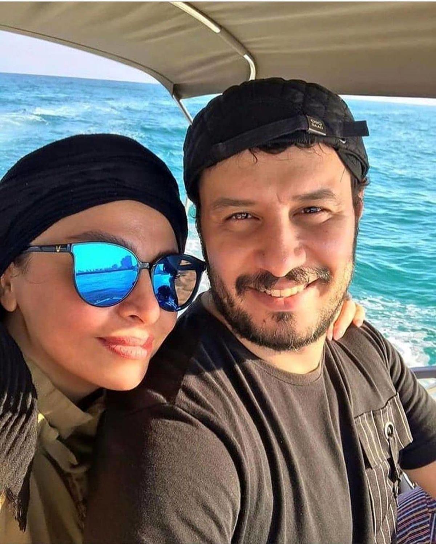 جواد عزتی بعد از مرگ برادرش در یک مراسم +فیلم