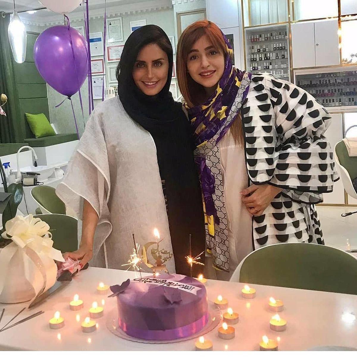 جشن تولد الناز شاکردوست در آرایشگاه + عکس