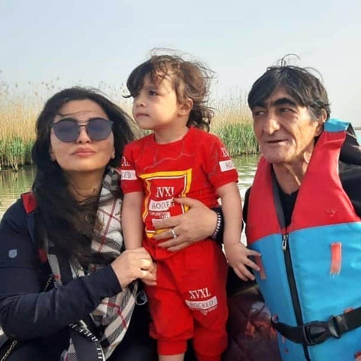 همسر بی حجاب ناصر محمدخانی روی آب + عکس