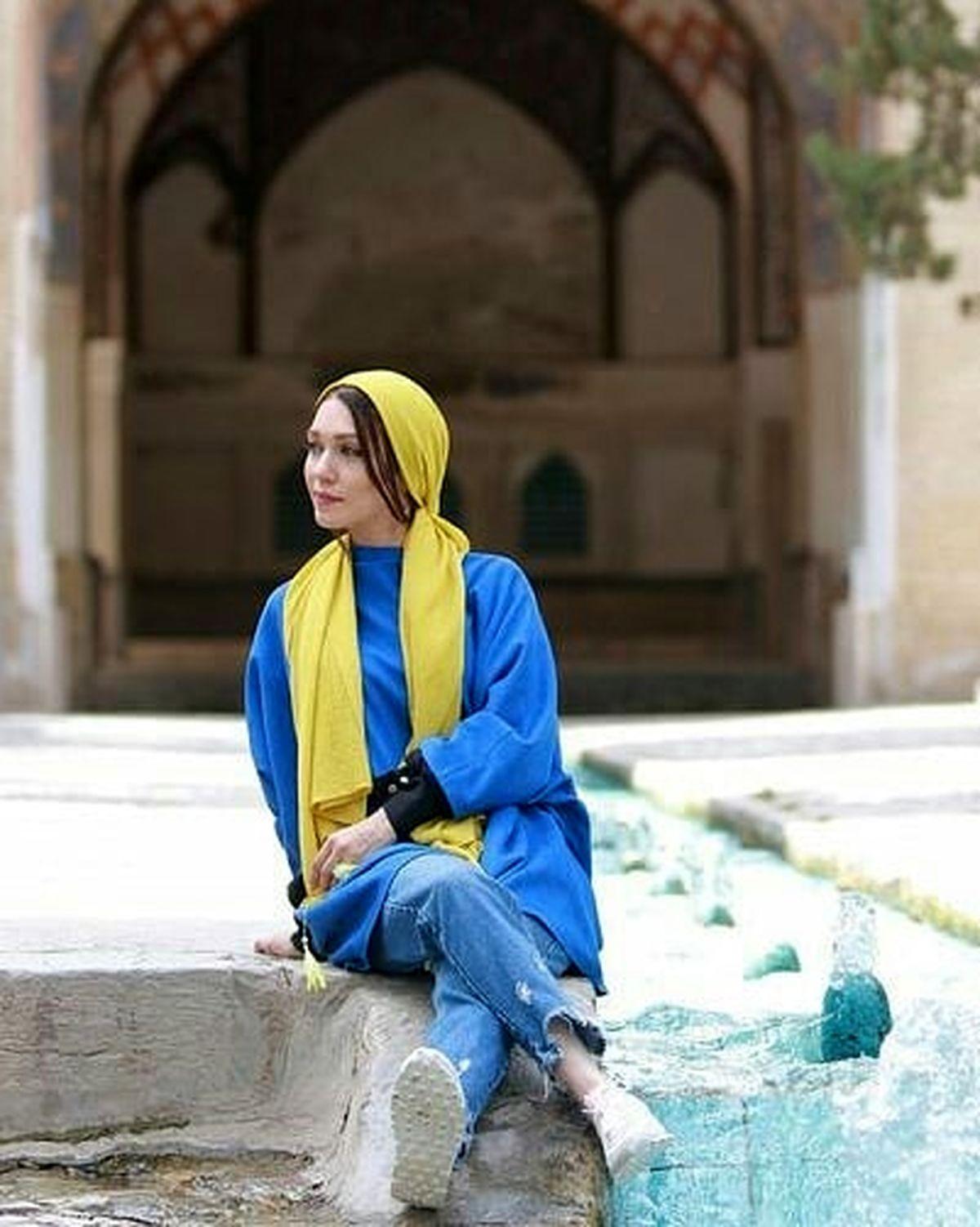 شلوار کوتاه و پاهای برهنه شهرزاد کمال زاده + عکس